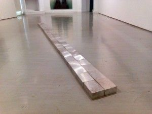 Carl Andre, (Seattle,1980).